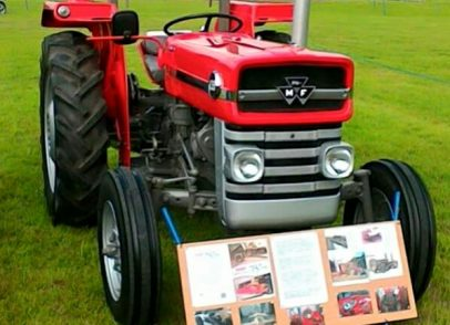 Show stopping tractors enjoyed by all age groups up at Stithians show (3)