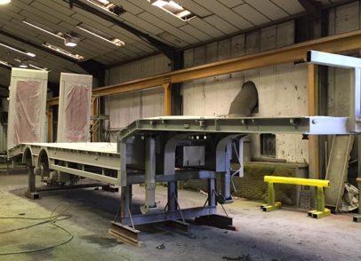 Frame UK King low loader trailer during
